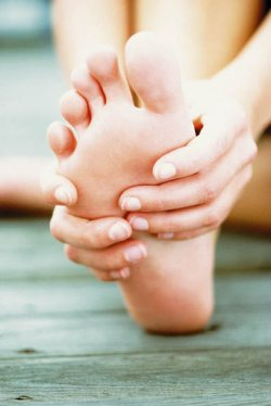 az ujjízületek fájdalmas kezelést