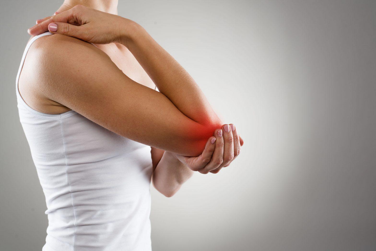 38 hetes fájdalom a kéz ízületeiben