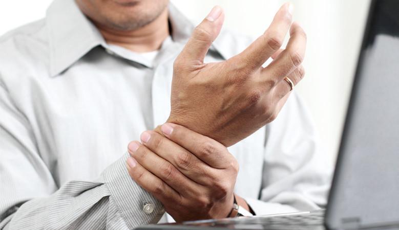 állandó csuklófájdalom