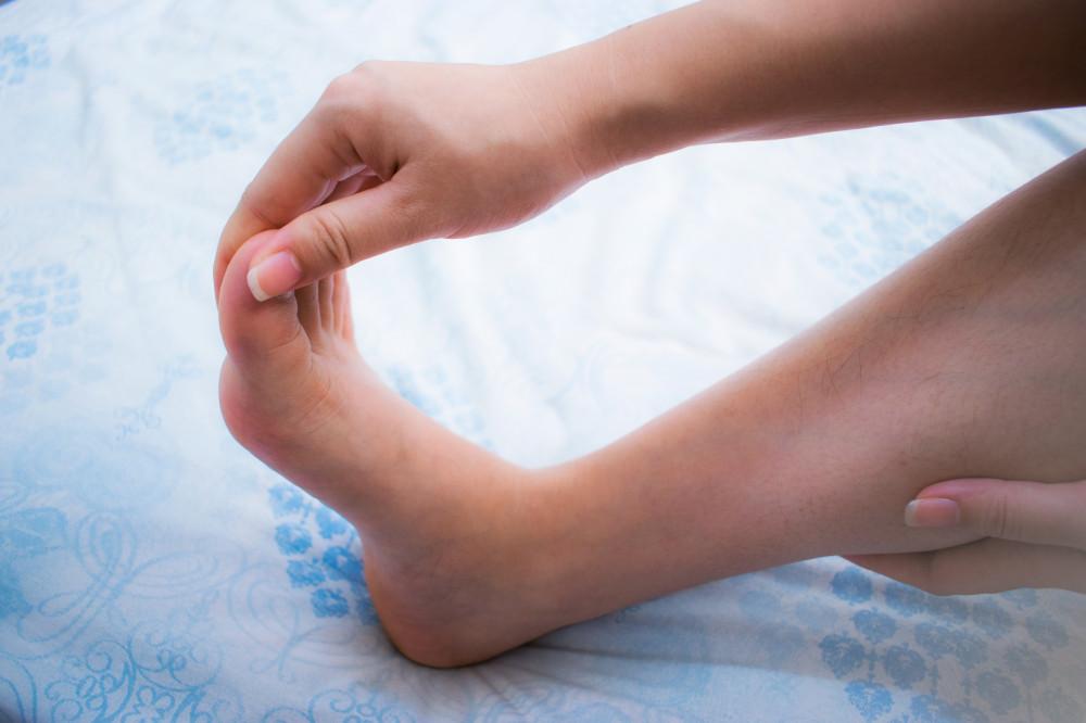 Zsibbad, ég, tompán fáj a lába? Ez lehet mögötte