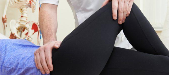 a csípőfájás visszaadja a sarkot a térd hátsó ízületei fájnak
