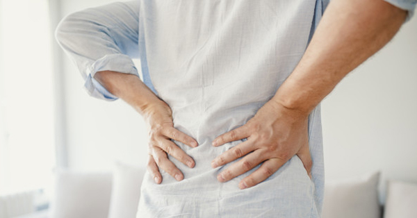 gerinc csípő fájdalma