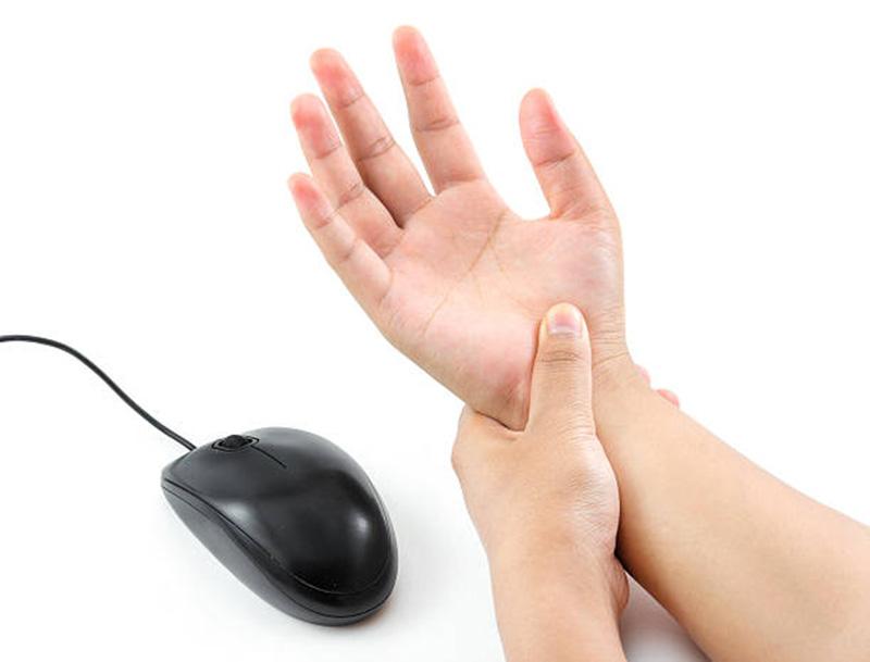 a jobb kéz ízületei fájnak