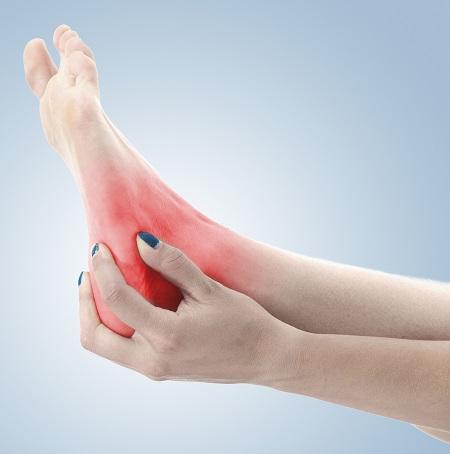 a bokaízület hirtelen fájdalma csípő fájdalom kezelése