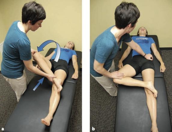 éles fájdalom a csípőízületben és térdben