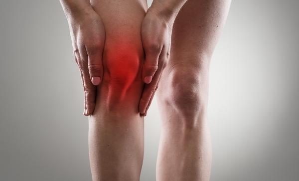 izomfájdalom a térdben