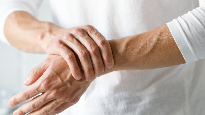 reumás izületi gyulladás tünetei térdcsigolya szakadás helyreállítása