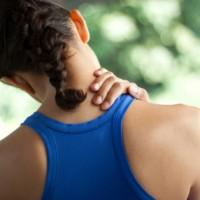 fájdalom a bal vállízületben és a nyakon
