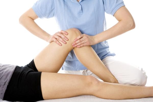 éles térdfájdalom hirtelen a térdízület 2. fokú artritisz kezelése