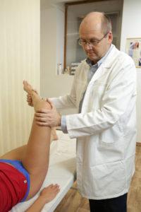 térdízületek és lábak fájdalma