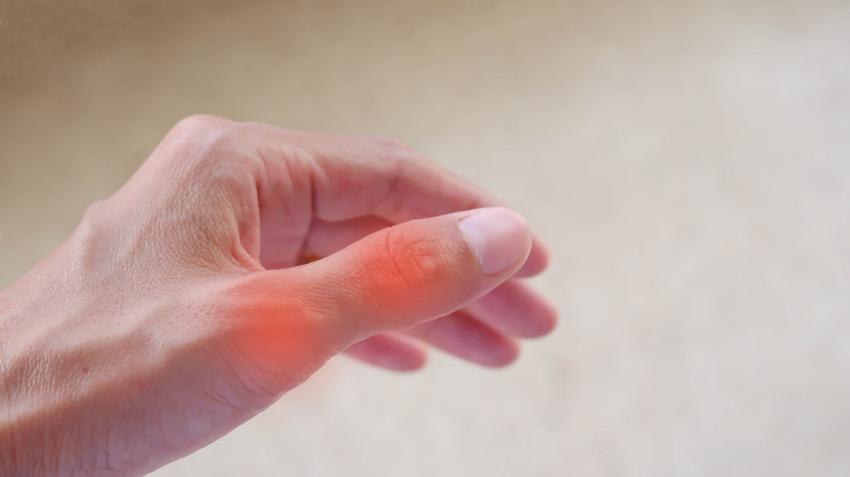 az ujjak ízületeinek duzzanatának kezelése
