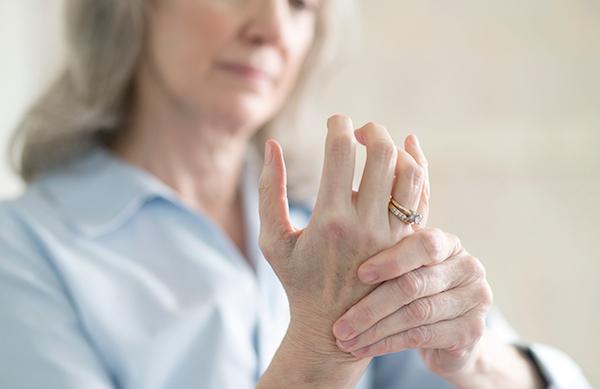 gyógyfürdők ízületi fájdalmak kezelésére ízületi fájdalom a láb és a láb között